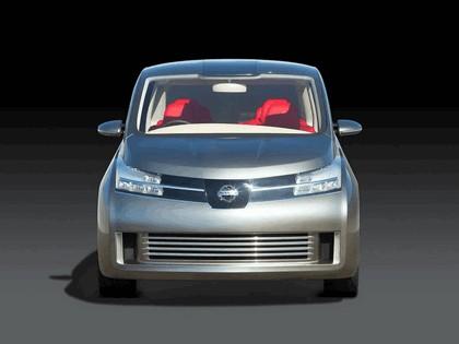 2005 Nissan Amenio 4