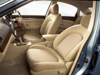 2005 Nissan Bluebird Sylphy preview 3