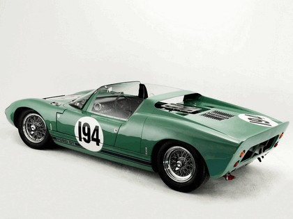 1965 Ford GT40 Works prototype roadster 8