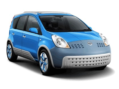 2005 Nissan Note inspired by Adidas 1