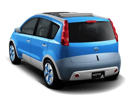 2005 Nissan Note inspired by Adidas 2