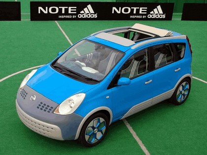 2005 Nissan Note inspired by Adidas 4