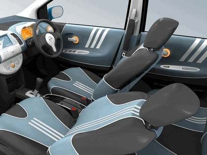 2005 Nissan Note inspired by Adidas 11