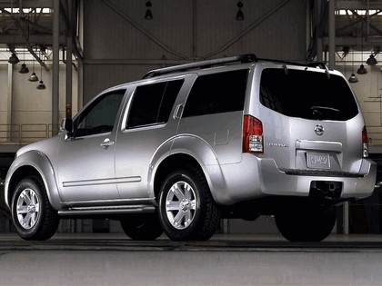2005 Nissan Pathfinder 2