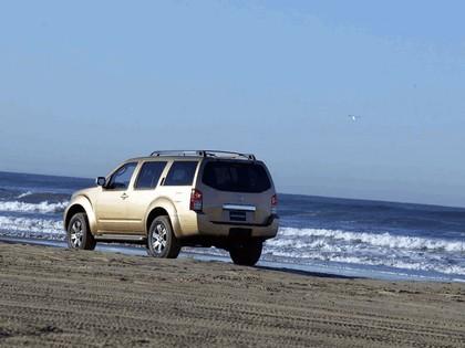 2005 Nissan Pathfinder 14