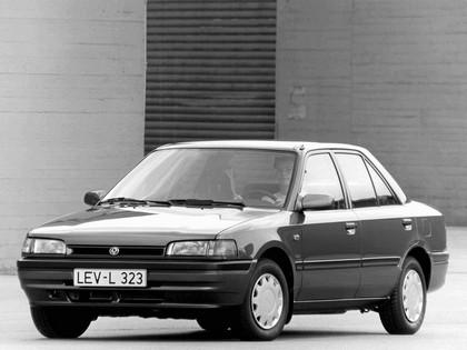 1989 Mazda 323 ( BG ) sedan 2