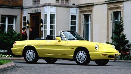 1990 Alfa Romeo Spider 1