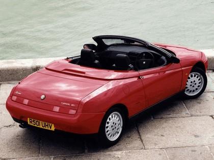 1994 Alfa Romeo Spider - UK version 5