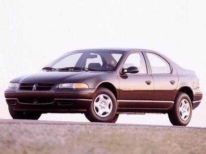 1995 Dodge Stratus 1
