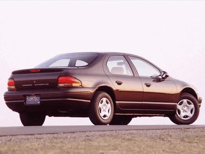 1995 Dodge Stratus 2