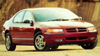 1995 Dodge Stratus 9
