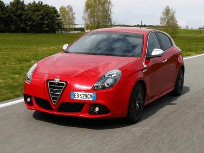 2010 Alfa Romeo Giulietta Quadrifoglio verde 8