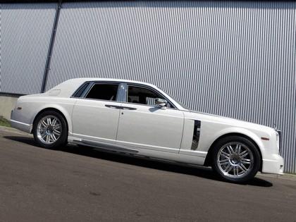 2010 Rolls-Royce Phantom White by Mansory 2
