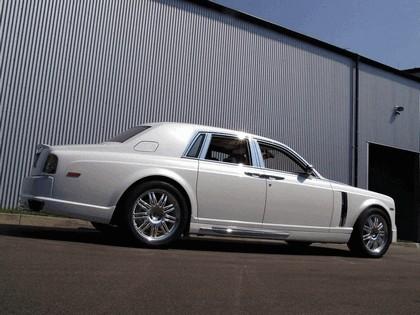 2010 Rolls-Royce Phantom White by Mansory 4