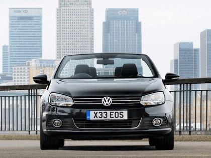 2010 Volkswagen Eos 2.0 TDi BlueMotion - UK version 3