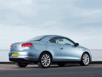 2010 Volkswagen Eos 2.0 TDi BlueMotion - UK version 10