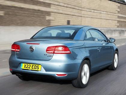2010 Volkswagen Eos 2.0 TDi BlueMotion - UK version 12