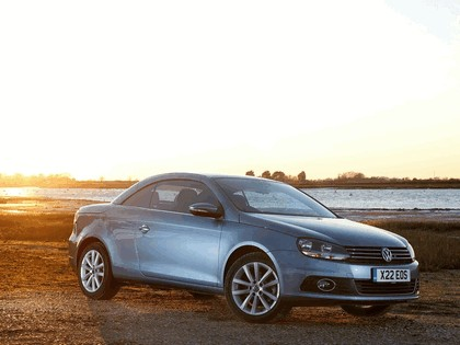 2010 Volkswagen Eos 2.0 TDi BlueMotion - UK version 18