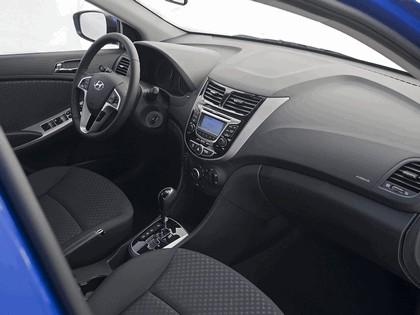 2011 Hyundai Accent 5-door 8