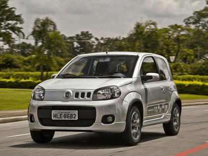 2011 Fiat Uno Sporting 3-door 2