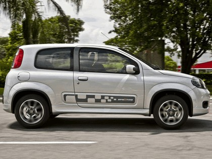2011 Fiat Uno Sporting 3-door 5
