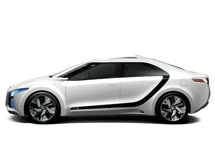 2011 Hyundai Blue2 concept 3