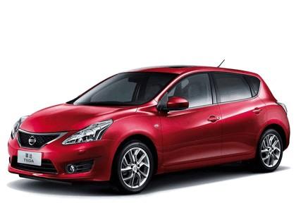 2011 Nissan Tiida 1