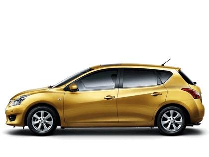 2011 Nissan Tiida 6