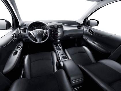 2011 Nissan Tiida 9