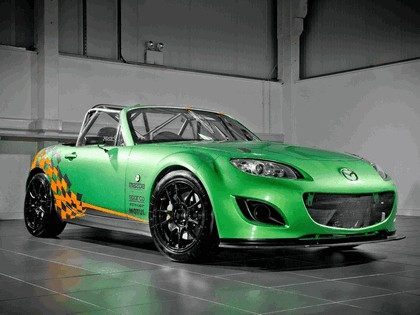 2011 Mazda MX-5 GT race car 3