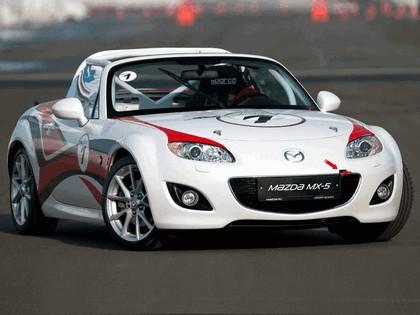 2011 Mazda MX-5 GT race car 17