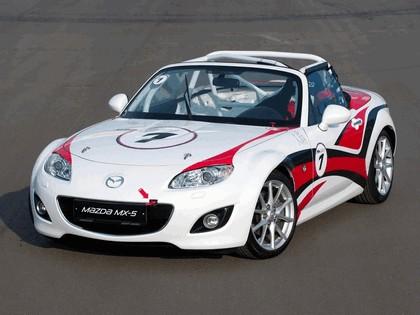 2011 Mazda MX-5 GT race car 18