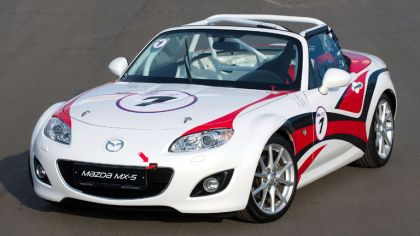 2011 Mazda MX-5 GT race car 8