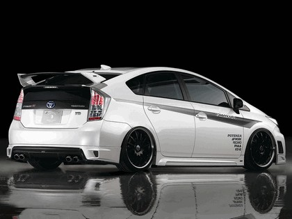 2011 Toyota Prius ( ZVW30 ) RR-GT by Tommykaira 3