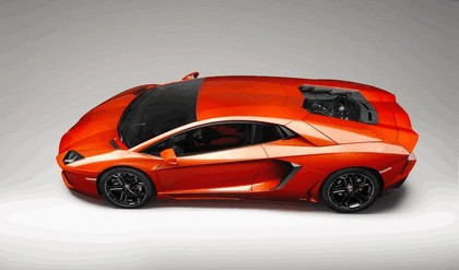 2011 Lamborghini Aventador LP700-4 2