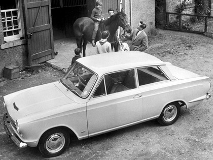 1962 Ford Cortina 2-door saloon 4