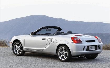 2005 Toyota MR2 spyder 5