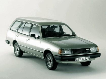 1978 Mazda 323 ( FA ) station wagon 1
