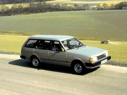 1978 Mazda 323 ( FA ) station wagon 2