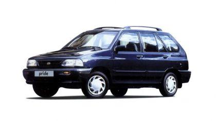 1987 Kia Pride station wagon 8