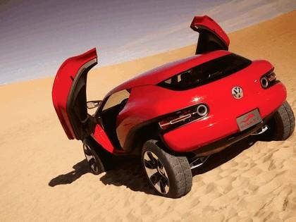 2005 Volkswagen Concept-T 7