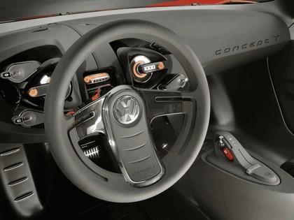 2005 Volkswagen Concept-T 17