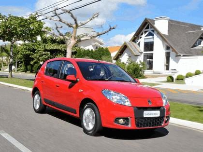 2011 Renault Sandero - Brazil version 6