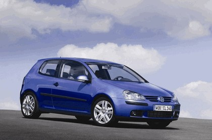 2005 Volkswagen Golf V 8
