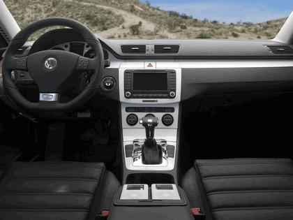 2005 Volkswagen Passat R GT concept 10