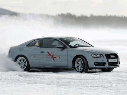 2011 Audi e-tron quattro concept 4