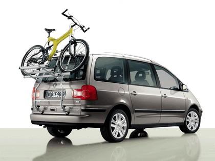 2005 Volkswagen Sharan Freestyle 2