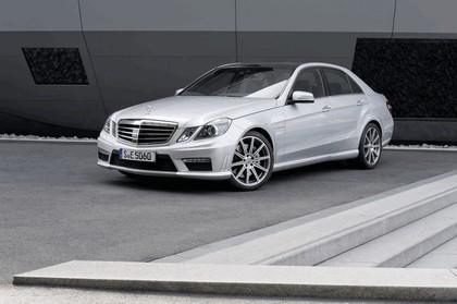 2011 Mercedes-Benz E63 AMG 5.5 liter V8 biturbo 5