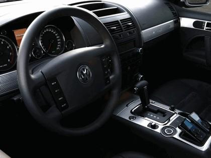 2005 Volkswagen Touareg R GT concept 8