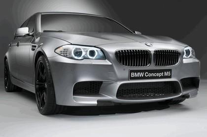 2011 BMW M5 concept 3